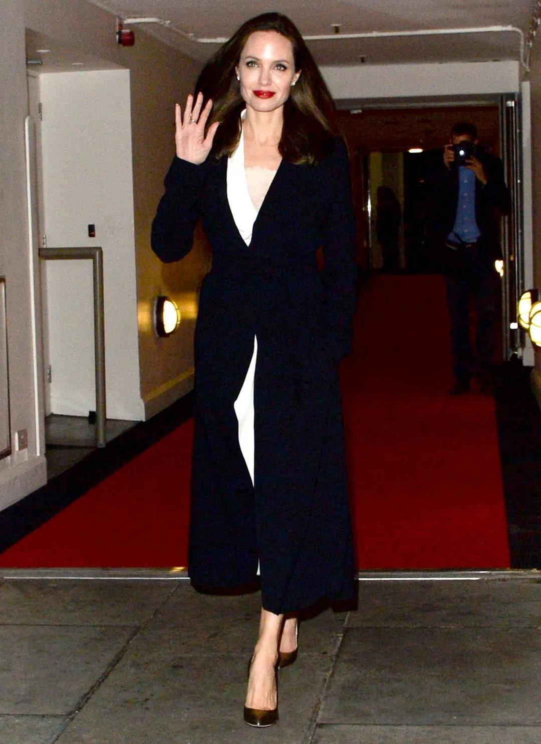 Manuela Icon大衣2