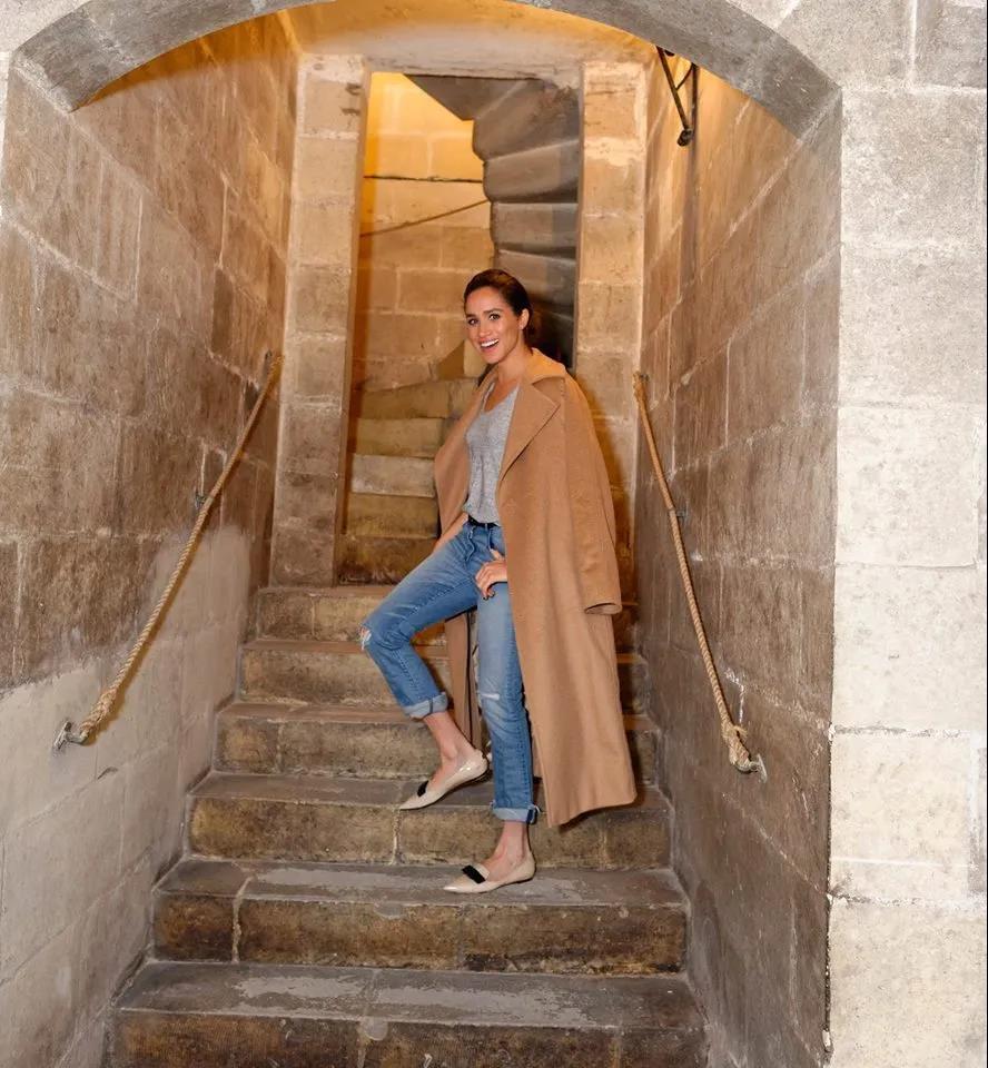 Manuela Icon大衣3