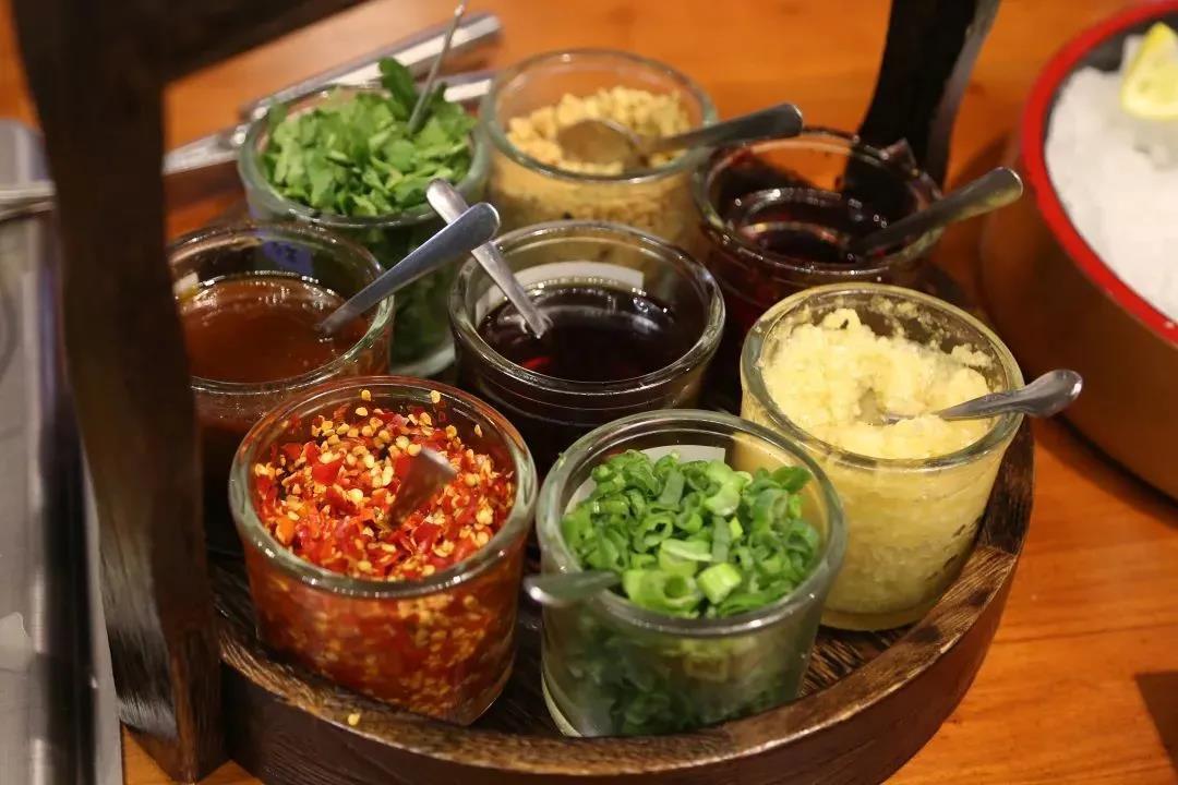 数种可选的酱料